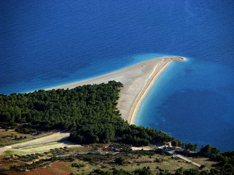 Zlatni Rat Beach - Beautiful landscape