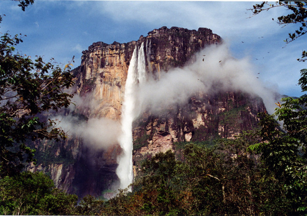 Angel Falls in Venezuela - Breathtaking view on the Angel Falls