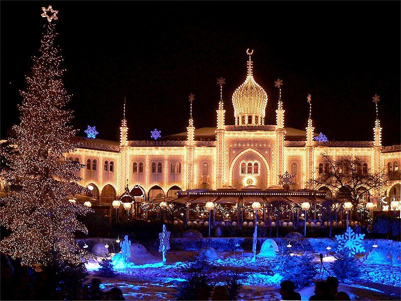 Trivoli Gardens - Trivoli Gardens night view