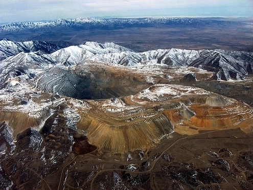 The Bingham Canyon Mine, Utah, USA - Overview of The Bingham Canyon Mine