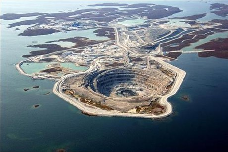 The Diavik Diamond Mine, Canada  - Overview of The Diavik Diamond Mine