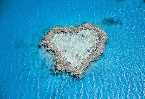 Great Barrier Reef - Heart-shaped reef