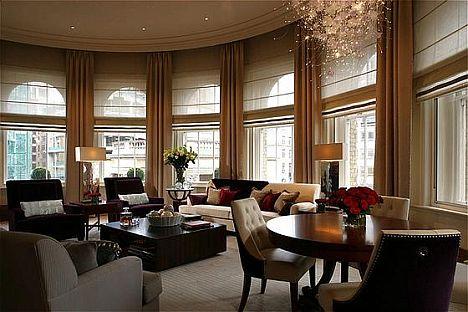 Langham Hotel In London Suite Lounge