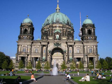 Berliner Dom Overview Of