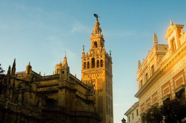 The Giralda Tower - Beautiful sunset over Giralda Tower