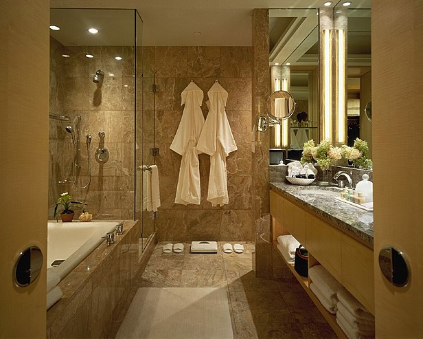 Images four seasons new york luxurious bathroom 4494 for Y hotel shared bathroom