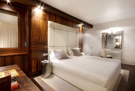 The gray hotel milan the best 5 star hotels in milan italy for Grey hotel milano