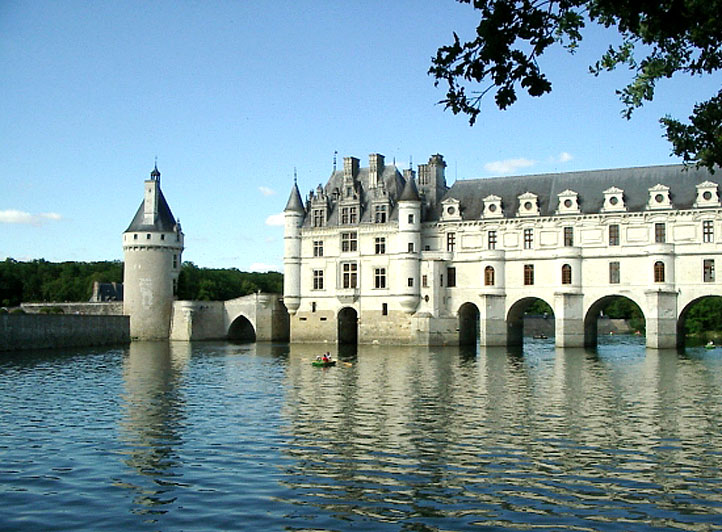 -  Top castles to ...