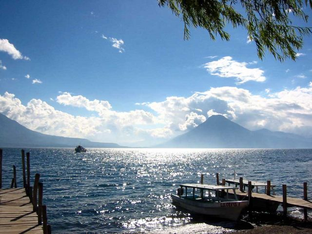 Lake Atitlan in Guatemala - Ideal setting
