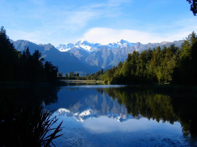 Lake Matheson in New Zealand - Splendid natural scenery