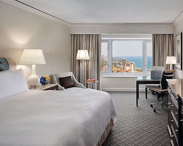 Four seasons chicago the best 5 star hotels in chicago usa for Four season rooms pictures
