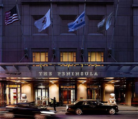The Peninsula Chicago Entrance