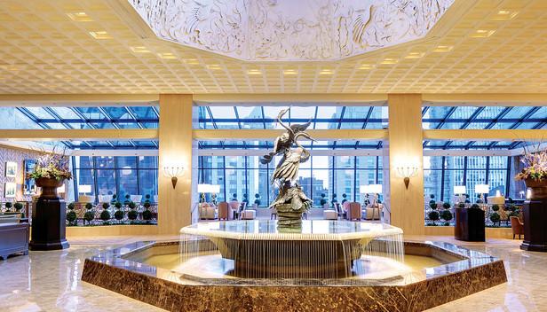 Ritz Carlton Hotel Chicago Lobby View