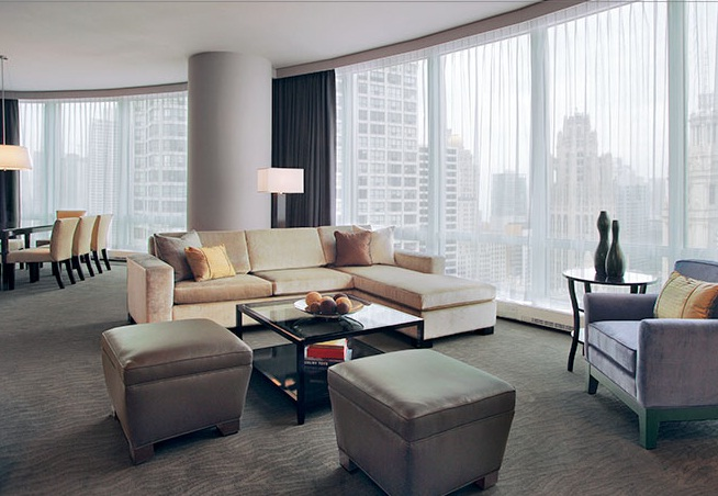 Trump International Hotel Tower Chicago Suite Living Room