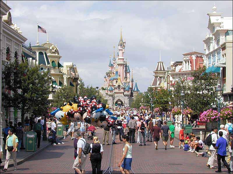 Disneyland paris the best amusement parks in the world for Amusement parks in paris