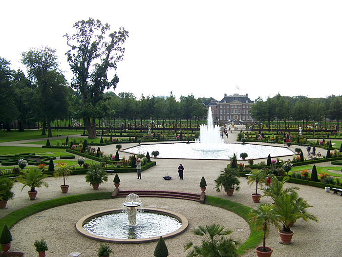 Gardens at Het Loo Palace - General view