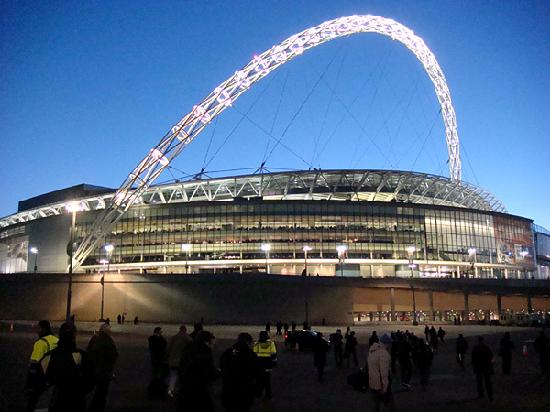 http://www.bestourism.com/img/items/big/1380/Wembley-Stadium-in-UK_Great-architecture_5496.jpg