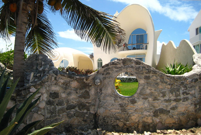 Conch Shell House - Beautiful architecture