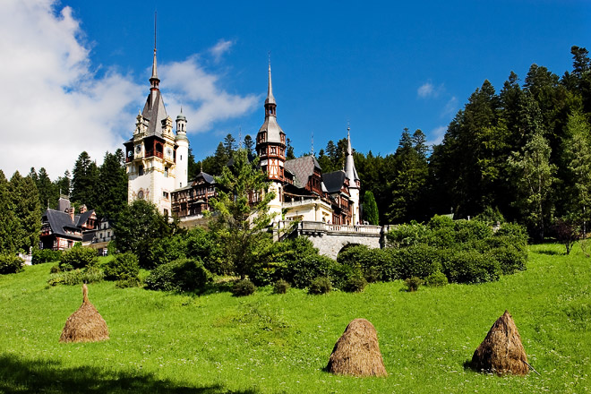 Peleş Castle, Romania - Castle overview