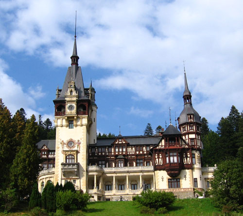Peleş Castle, Romania - Front view of the castle