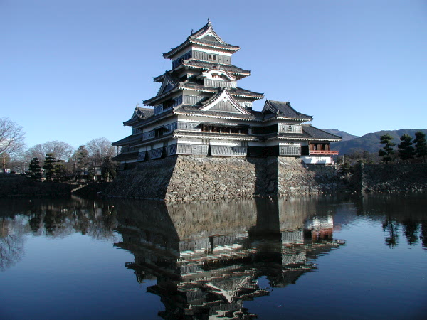 Matsumoto Castle, Japan - The most amazing castles in the world