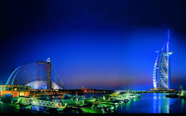 Burj Al Arab in Dubai, the United Arab Emirates - Burj Al Arab at night