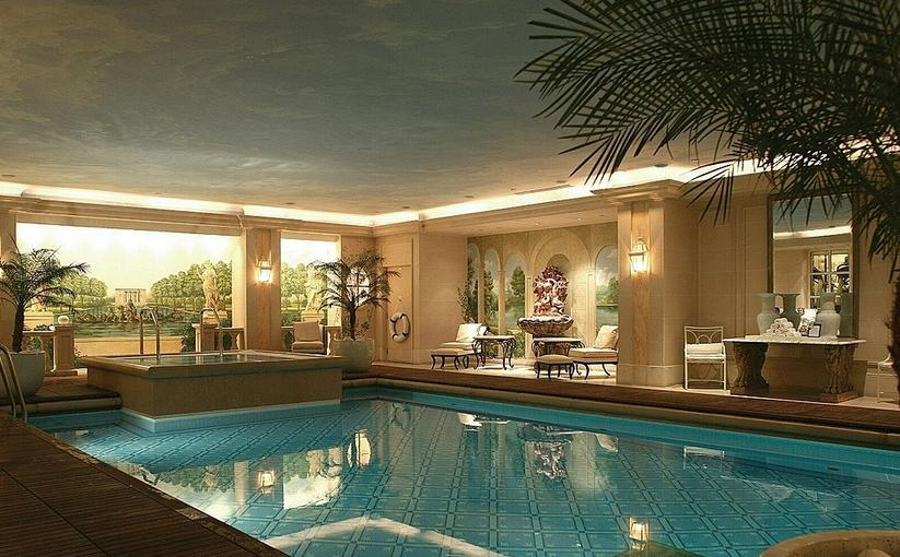 Hotel Four Seasons George V in Paris, France - Inviting swimming pool