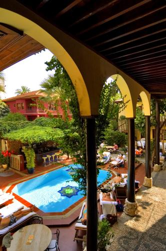 Alp Pasa Boutique Hotel  - Swimming pool view