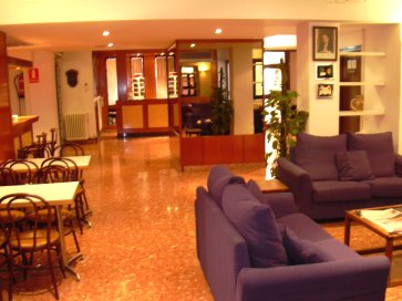 L`Alguer Hotel - Cosy inside spaces