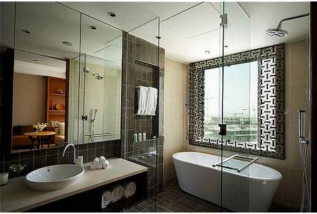 Bathroom City : Images Intercontinental Dubai-Festival City Luxurious bathroom 1208