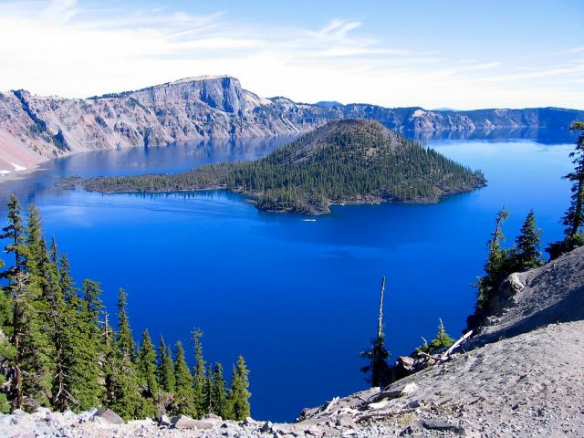 Crater Lake In USA The Most Unique Lakes In The World - Us map crater lake