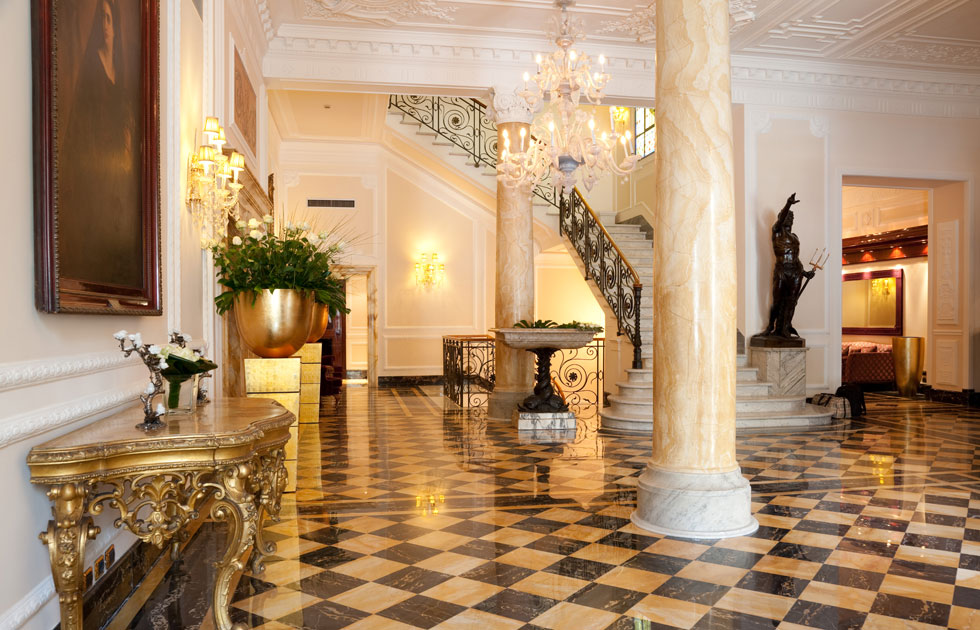 Regina hotel baglioni the best hotels in rome for Interior designs regina