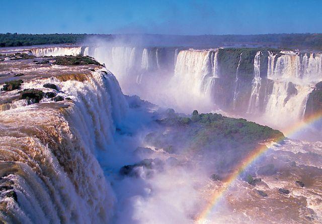 Iguazu Falls in Argentina/Brazil - Excellent vistas