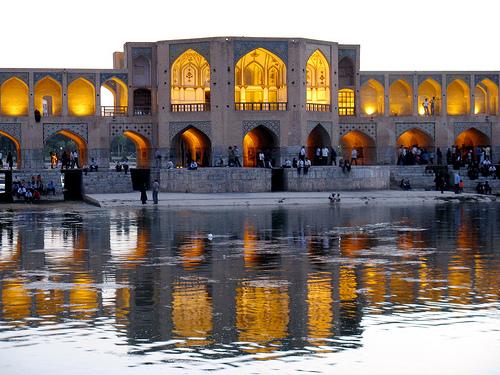 Arhitektura koja spaja ljude - Mostovi Khaju-Bridge-in-Iran_Close-view_1470