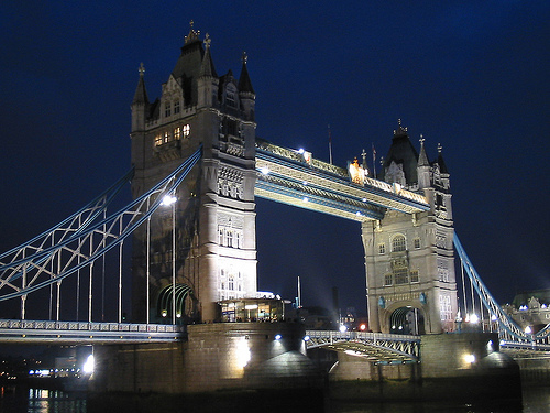Tower Bridge in United Kingdom - Night view