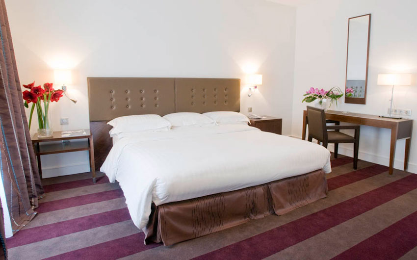 - Elegantly furnished inside spaces in Hotel Astra Opera in Paris
