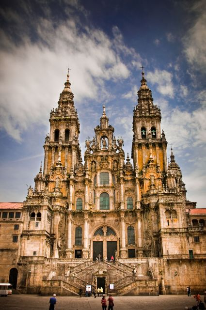 Santiago de Compostela Cathedral in Spain - The most beautiful ...