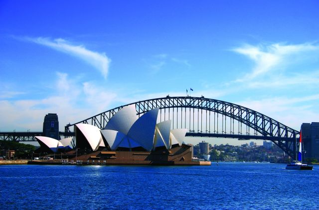 Sydney in Australia - Sidney Opera and Harbour Bridge
