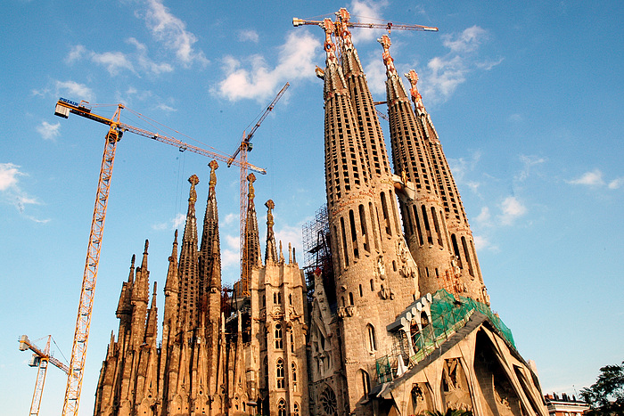 ... beautiful cathedrals of Spain -> Sagrada Familia in Barcelona, Spain