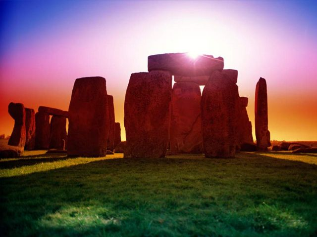 Stonehenge in United Kingdom - Beautiful sunrise