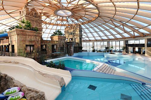 Ramada Resort Aquaworld in Budapest, Hungary