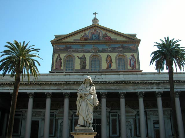 Basilica di san paolo fuori le mura the most beautiful for Large apartment in san paolo