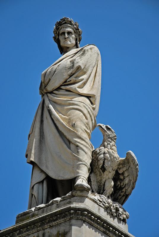 Basilica-Santa-Croce_Dante-Statue_6537.j