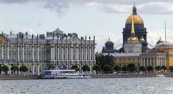 Hermitage Museum in Saint Petersburg - Overview