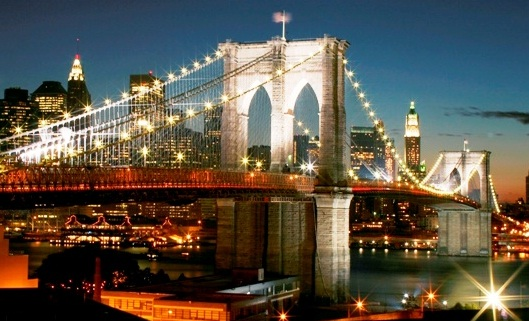 The brooklyn bridge the best places to visit in new york for Places to see in nyc at night
