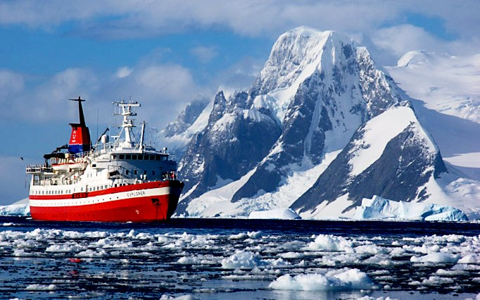 The best cruise in antarctica the most exciting cruise for Best way to travel to antarctica