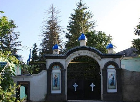 Hirjauca Monastery - Holy entry