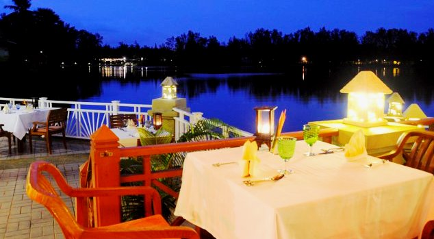 The Rim Talay Restaurant  - Nice evening