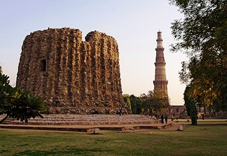 Qutub Minar - The Temple Alai Minar