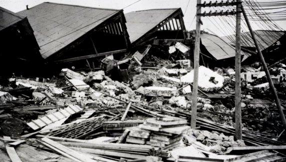 The Kanto Earthquake in September 1, 1923 - Ruined cities